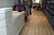 Doorkijk kledingwinkel Kortjakje